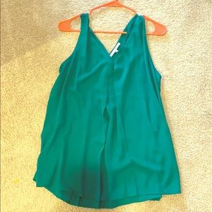 Violet & Claire Tops - Emerald green flowy chiffon tank